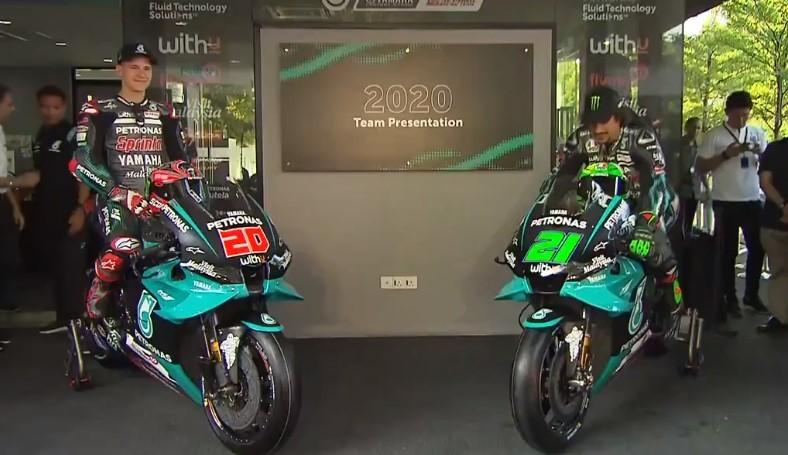 Quartararo y Morbidelli, con sus Yamaha.