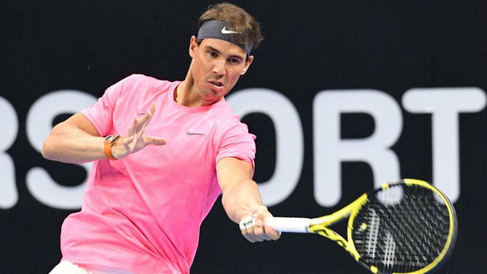 Nadal vs Ferrer, en Kuwait durante la apertura de su nueva Academia.