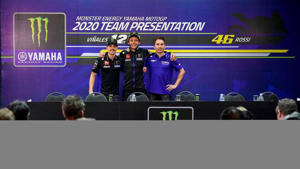 Viñales, Rossi y Lorenzo en la presentación de Yamaha.