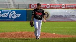 Zack Dodson fue el pitcher perdedor del duelo
