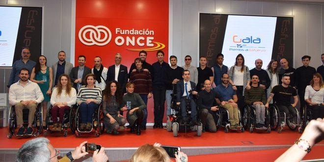 Los galardonados en la 'I edición de los Premios al Esfuerzo'.