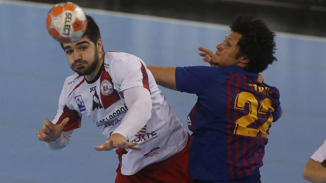 Imanol Garciandía, duda del Logroño para jugar en Hungría este...