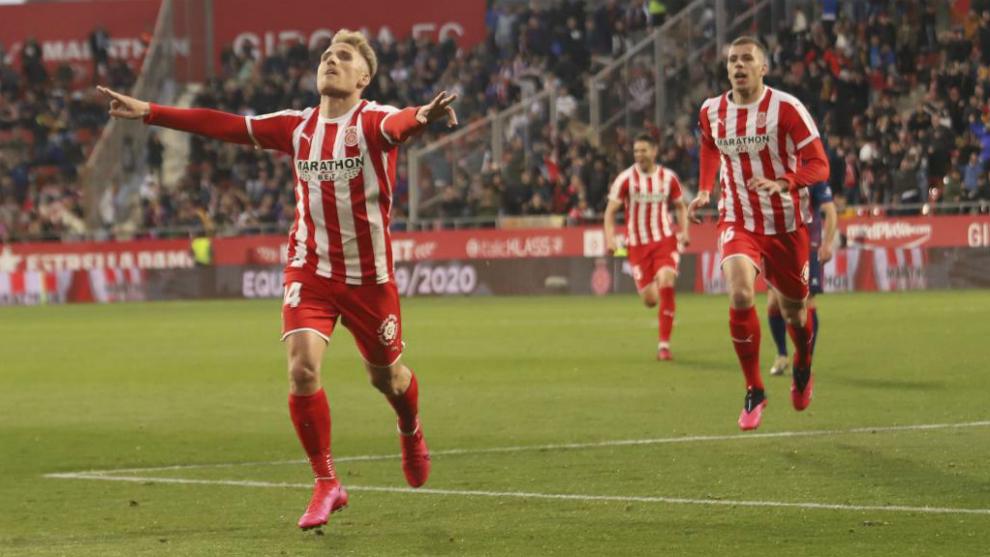Samu Saiz celebra el gol del triunfo del Girona.
