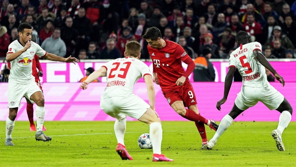 Lewandowski, durante un lance del partido