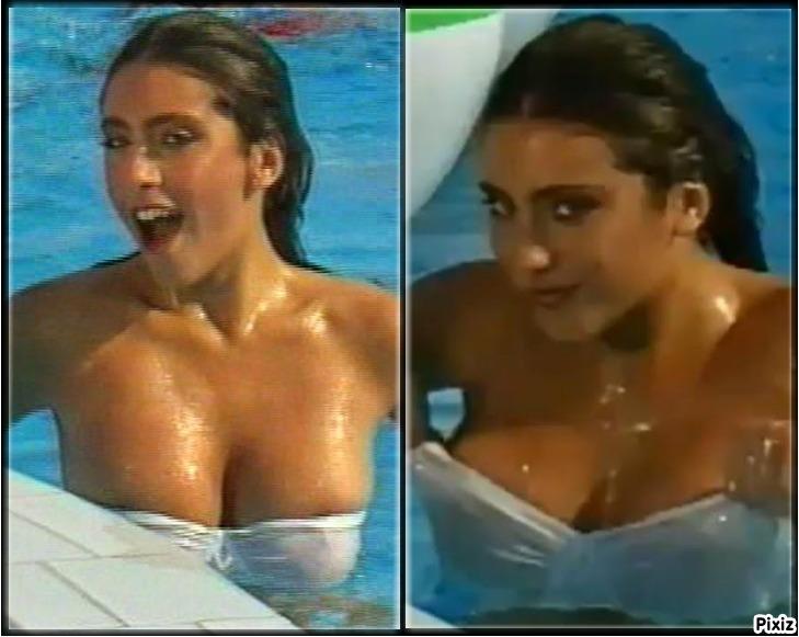 """La cantante Sabrina Salerno catando el """"Boys, Boys, Boys"""" en 1987"""