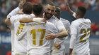 Los jugadores del Madrid celebrando el triunfo ante Osasuna.