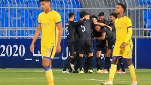 Los futbolistas de Al Sadd celebran un gol contra Al Nassr