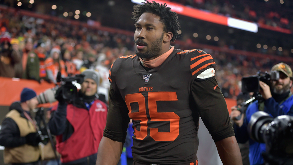 NFL quitó suspensión a Myles Garrett tras 'cascazo' a QB de Steelers
