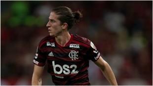 Filipe Luís, en un partido contra Inter de Porto Alegre.