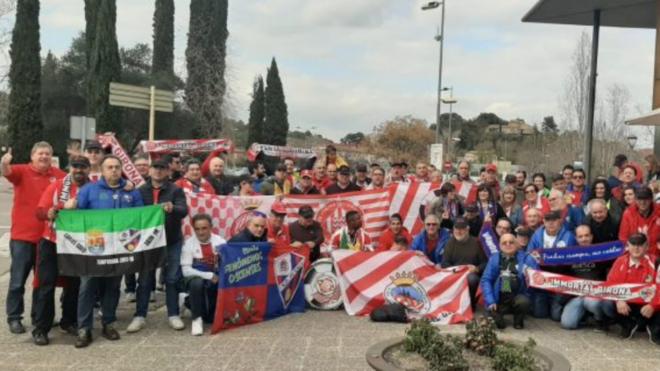 Los aficionados del Girona y el Huesca vivieron un encuentro de...