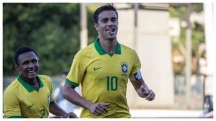 Reinier celebra un gol ante Paraguay con su selección