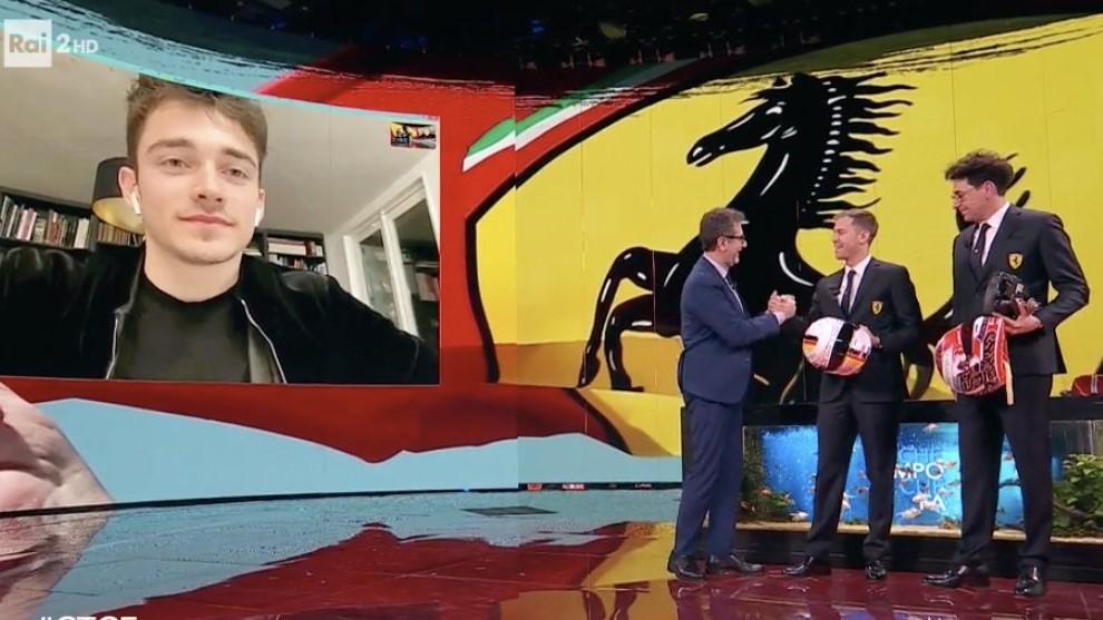 Leclerc, Vettel y Binotto, con el presentador de 'Che tempo che fa'.