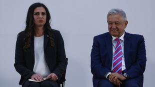 Ana Guevara y Andrés Manuel López Obrador en conferencia.