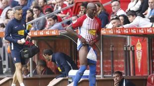 Babin se retira lesionado de un partido.