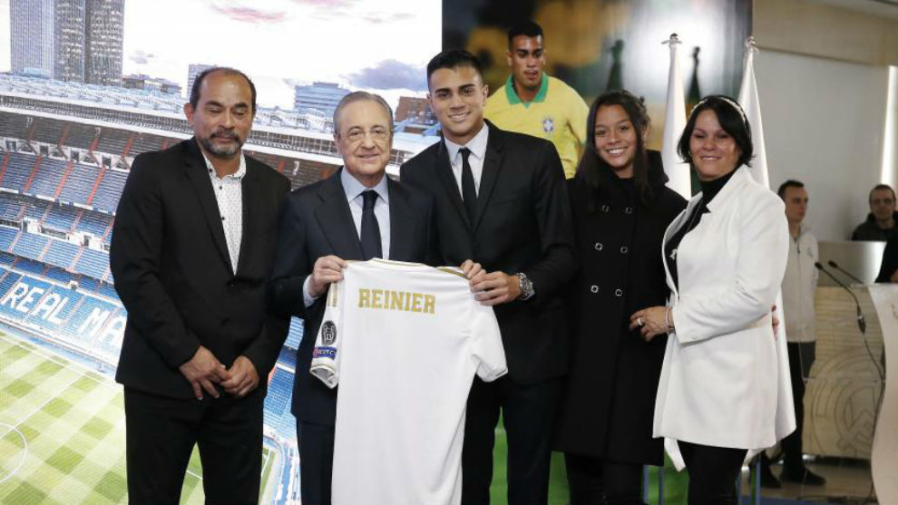 Reinier Jesus: Real Madrid signing cries during unveiling
