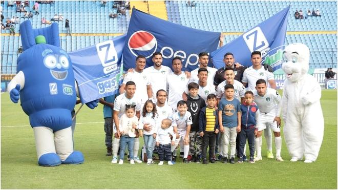 Miguel Herrera cargó contra el arbitraje ante Comunicaciones