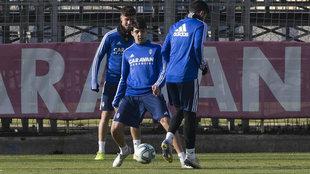 Clemente, durante un entrenamiento con el Zaragoza.