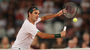 Roger Federer durante un reciente partido de exhibición ante Nadal