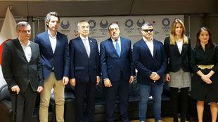 Los participantes en el coloquio en la Embajada de Japón.