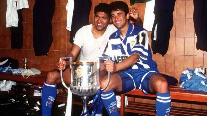 Donato y Bebeto con la Copa del Rey de 1995.