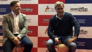 Manuel Aviñó, con Carlos Sainz, en Madrid.