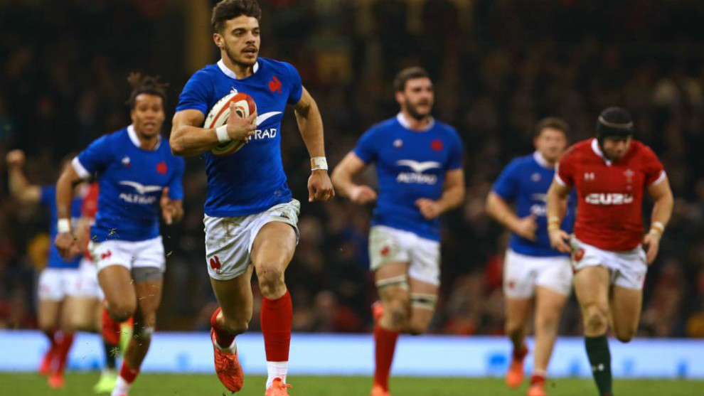 Francia da la sorpresa ganando en Cardiff y lidera el campeonato