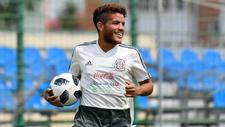 Jonathan durante un entrenamiento de la selección mexicana.