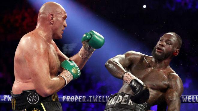 Tyson Fury, con Wilder ya a su merced.