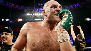 Tyson Fury tras ganar.