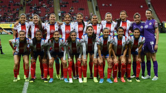 Chivas Femenil muestra su apoyo y se une a la causa.