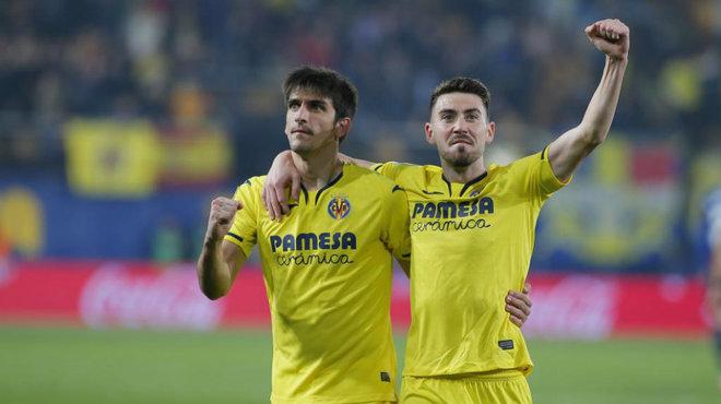 Moi y Gerard celebran un gol.