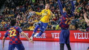 Un momento del partido entre el Barcelona y el Celje /