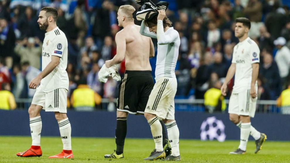 Modric y Carvajal, tras caer eliminados en el Bernabéu el año pasado...