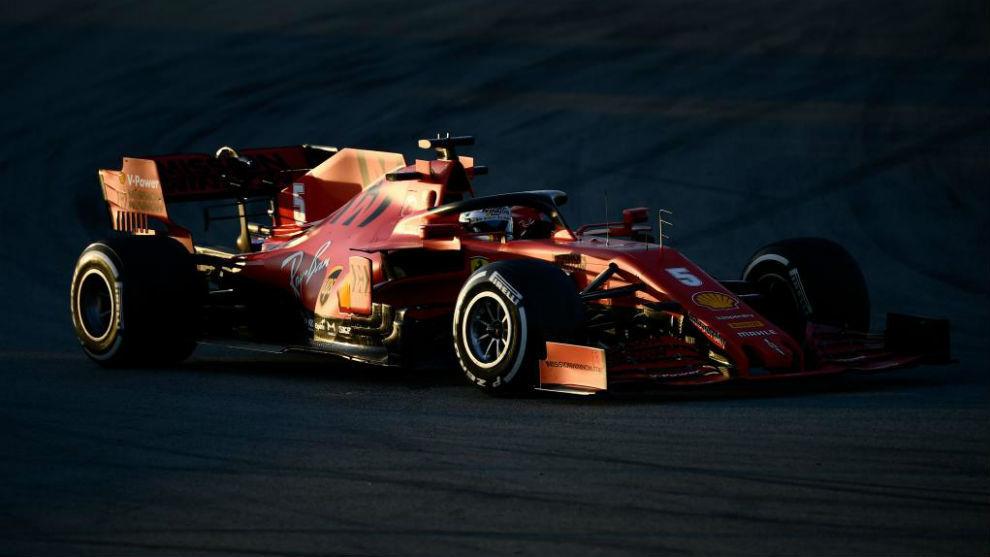 Vettel, en los test de Barcelona.