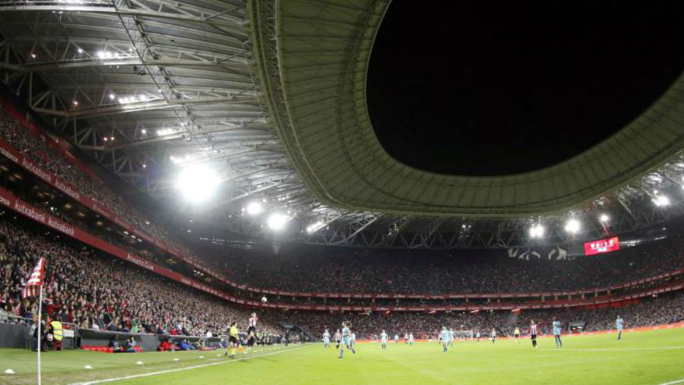 Panorámica de San Mamés en un partido de Copa de la Reina.
