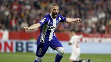 Laguardia celebra un gol con el Alavés