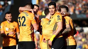 Raúl y los Wolves jugarán ante el Olympiacos