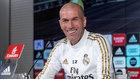 Zinedine Zidane, en la sala de prensa de Valdebebas.
