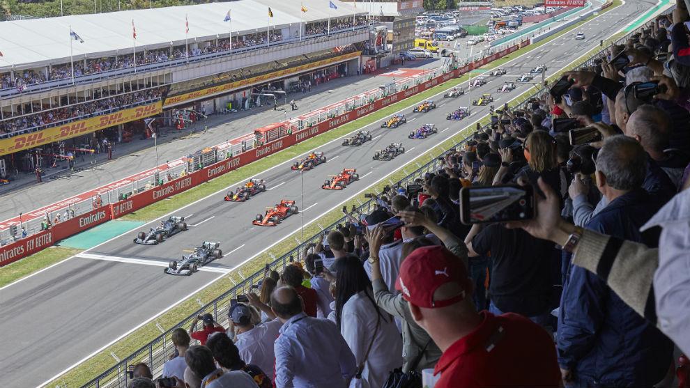 La salida del Gran Premio de España 2019.