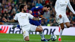 Marcelo roba la cartera a Messi en el momento decisivo.