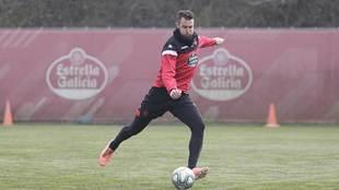 Mathieu Peybernes, en un entrenamiento del Lugo esta temporada