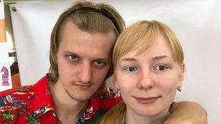 Stanislav Bogdánovich y su novia, Alexandra Vernígor