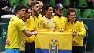El equipo de Ecuador, tras ganar a Japón.