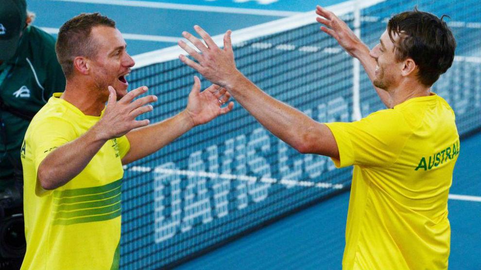 Hewitt felicita a John Millman, ganador del punto definitivo ante...