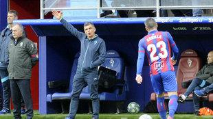 Mendilibar, durante el partido ante el Mallorca.