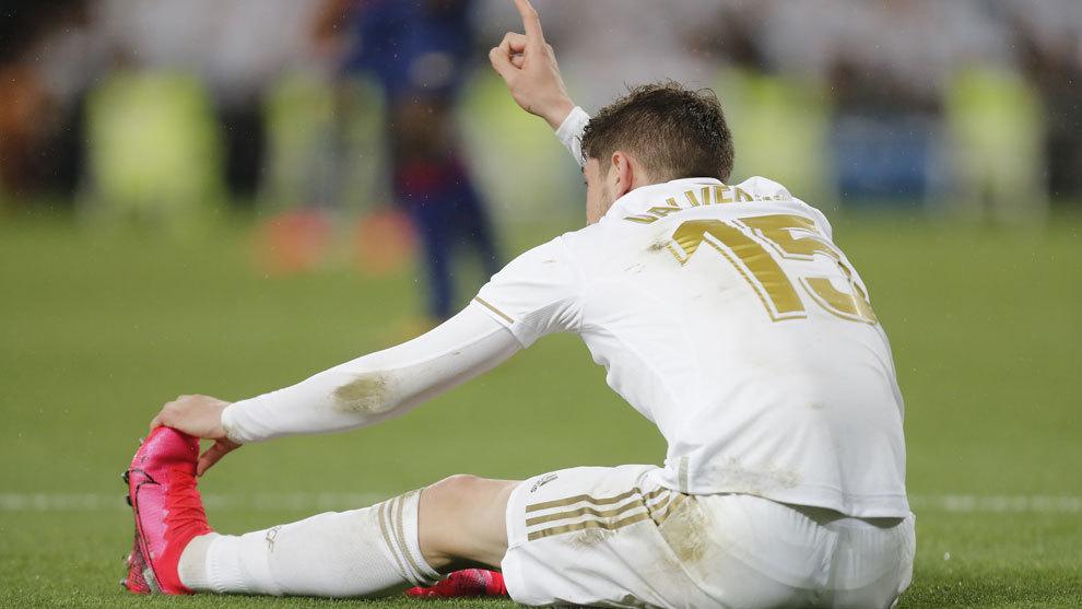 Fede Valverde sufre un tirón en el Clásico.