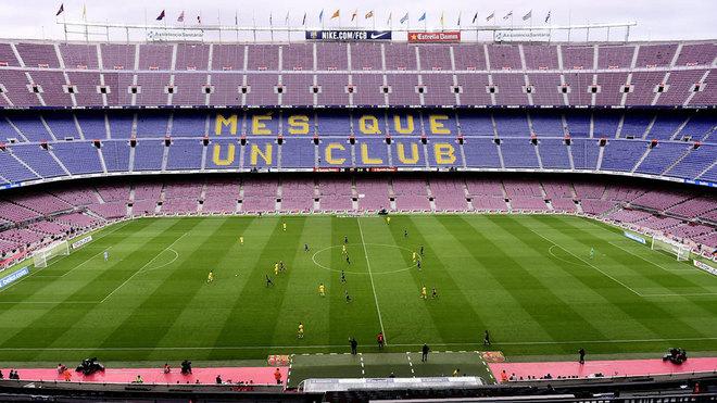 El Barcelona - Napoli de Champions League podría jugarse a puerta...