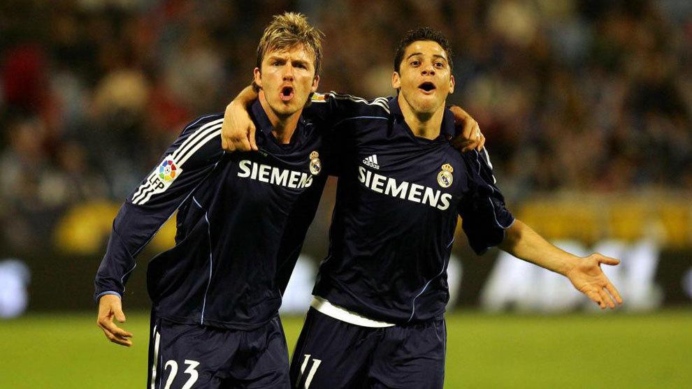 Cicinho with Beckham.