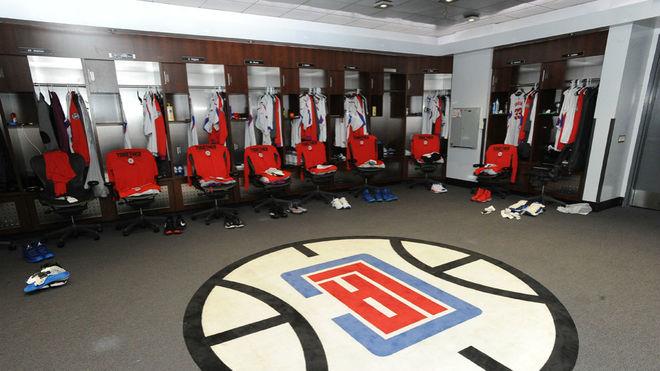 Imagen del vestuario de Los Ángeles Clippers en el Staples Center