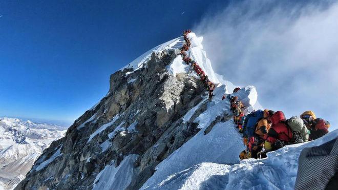 La colas del año pasado en el Everest.